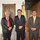 Presidente del CORE, Manuel Hernández, junto con embajador Mauricio Echeverry, y consejero Héctor Rocha.